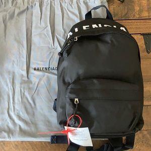 Balenciaga Wheel S Backpack 🔥